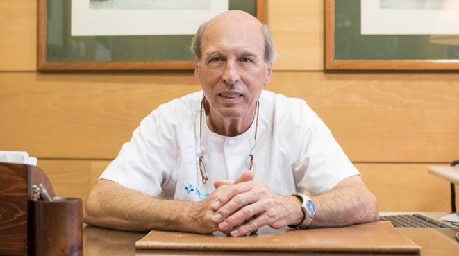 El diario ABC entrevista al Dr. Santa-Cruz
